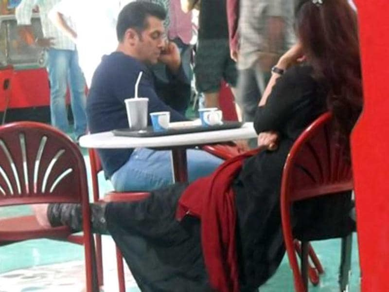 Salman Khan, Daisy Shah and Sana Khan feature in Mental. (Courtesy: Facebook/MentalFilm)