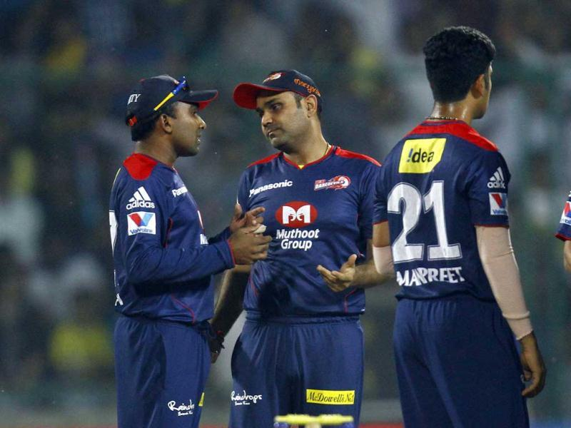 Delhi Daredevils' Sehwag and Jayawardhene during the match against Chennai Super Kings at Ferozshah Kotla Stadium in New Delhi. (HT Photo/Vipin Kumar)