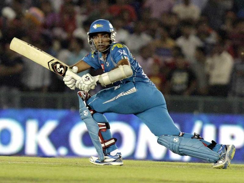 Robin Uthappa of Pune Warriors in action against Kings XI Punjab during the T20 league played at Mohali PCA Stadium. HT Photo/Rajnish Katyal