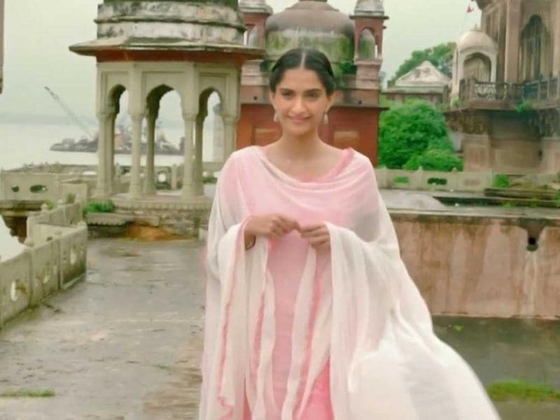 Sonam Kapoor essays the role of a student from Benaras who comes to Delhi to join Jawaharlal Nehru University (JNU).