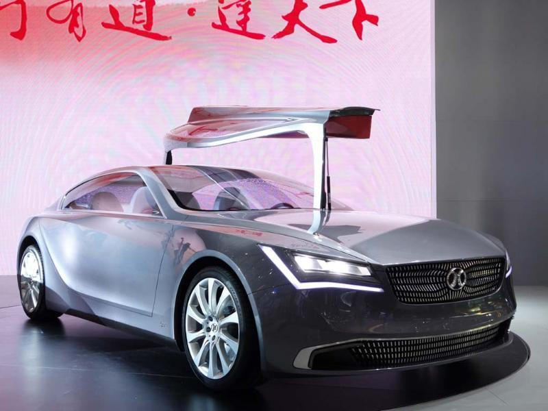 Beijing Auto Concept 900 : A rather stunning concept that has been slowly developing over several appearances at different Chinese motor shows, the Concept 900 is based on the Mercedes Benz E-Class platform, is a joint venture between the two companies and should be ready for production before the end of next year. Photo:AFP