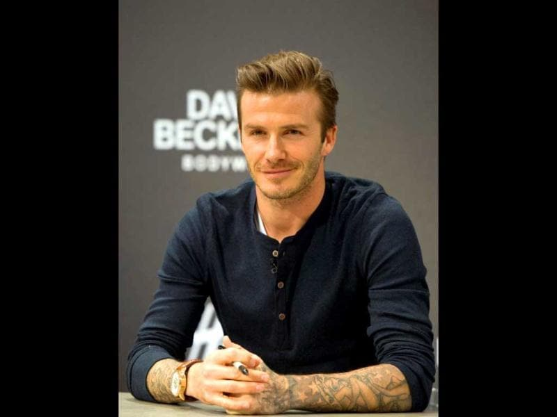 Speaking of tips, soccer star David Beckham once left $900 tip on $100 bar tab! Erm...! (AFP Images)