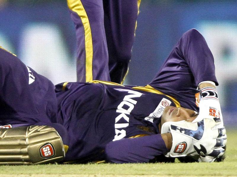 M Bisla of KKR is lying on the ground after the coalition with U Chand of Delhi Daredevils during the T20 match at International Cricket Stadium, Raipur. HT Photo/Subhendu Ghosh