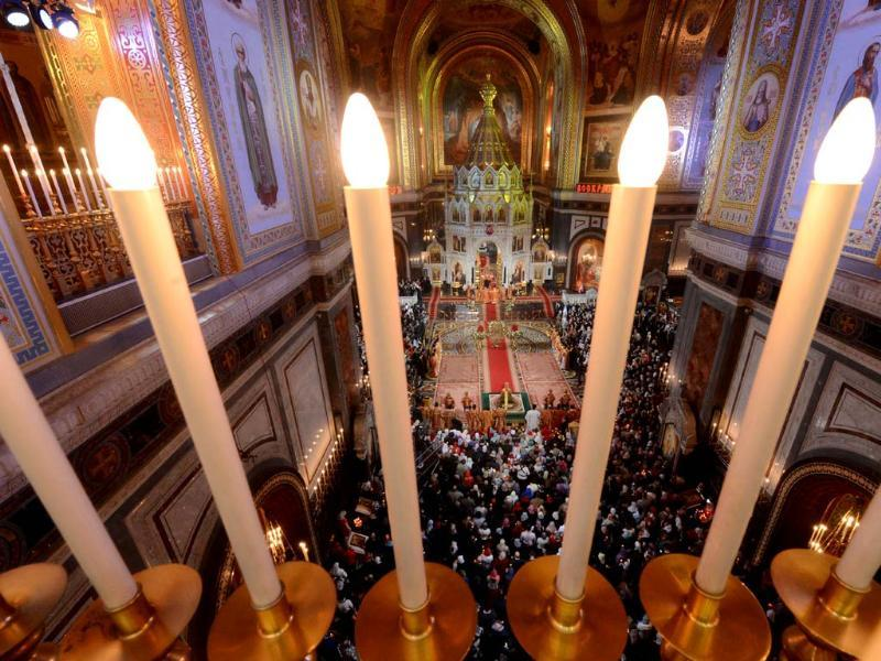 Russian Orthodox believers celebrate Easter at the Christ the Savior Cathedral in Moscow. AFP