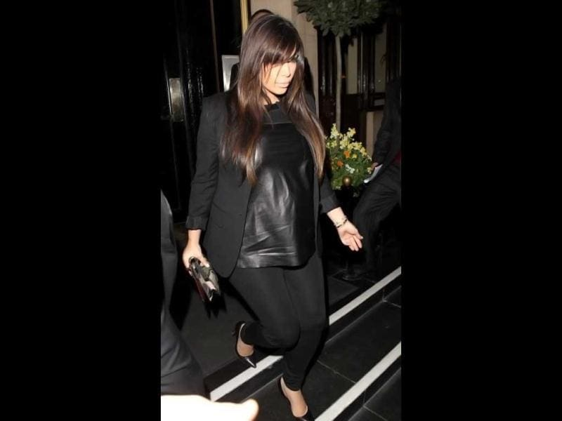 Kim Kardashian seen leaving the Dorchester hotel to go the Beyonce gig at the O2 on May 1, 2013 in London, England. (Photo courtesy: Getty Images)