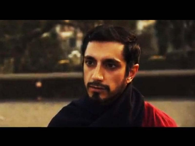 The Reluctant Fundamentalist is based on the eponymous novel by Mohsin Hamid.