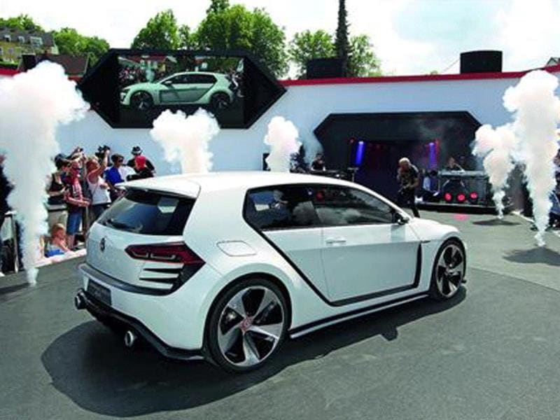 VW's seventh-gen Design Vision GTI concept features a twin-turbocharged 3.0-litre VR6 engine that puts out 496bhp.