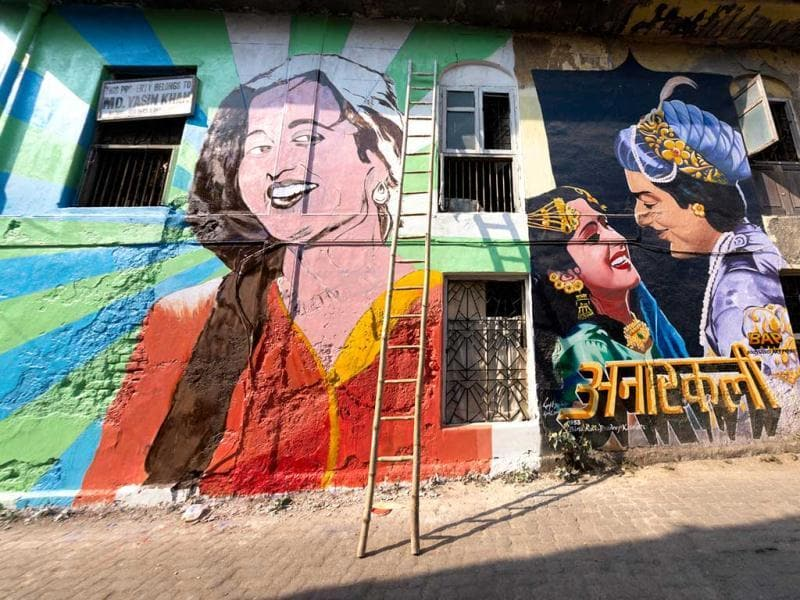Street art as part of the Bollywood Art Project, by Ranjit Dahiya. (Mumbai)