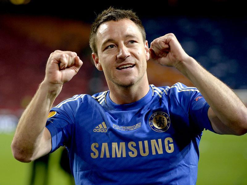 Chelsea's English defender John Terry celebrates at the end of the UEFA Europa League final football match between Benfica and Chelsea on May 15, 2013 at Amsterdam Arena in Amsterdam. (AFP)