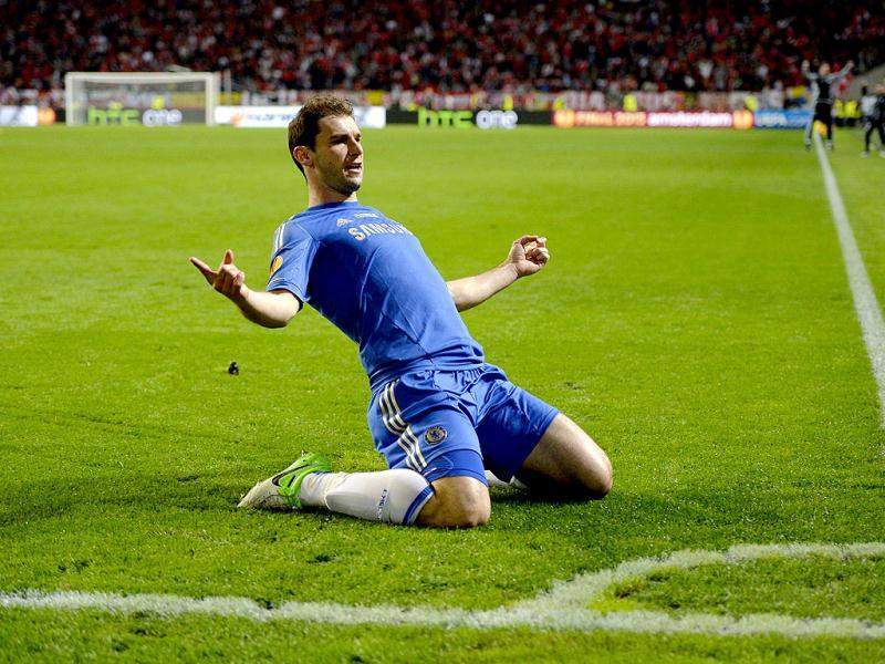 Chelsea's Serbian defender Branislav Ivanovic celebrates after scoring the second goal for his team during the UEFA Europa League final football match between Benfica and Chelsea at Amsterdam Arena in Amsterdam. (AFP)