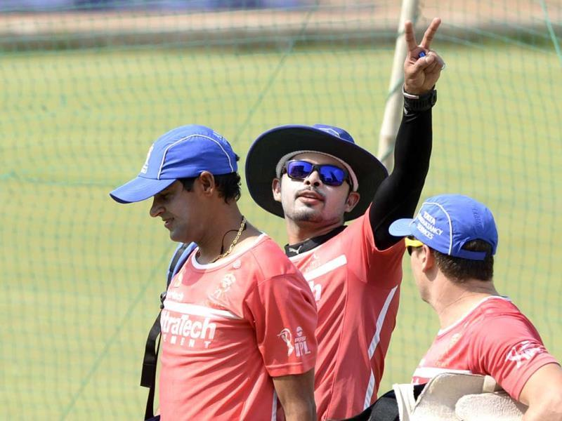 FILE PHOTO: Rajasthan Royals' former players S Sreesanth and Ajit Chandila during a practice session at Jaipur. HT phot/Vipin Kumar