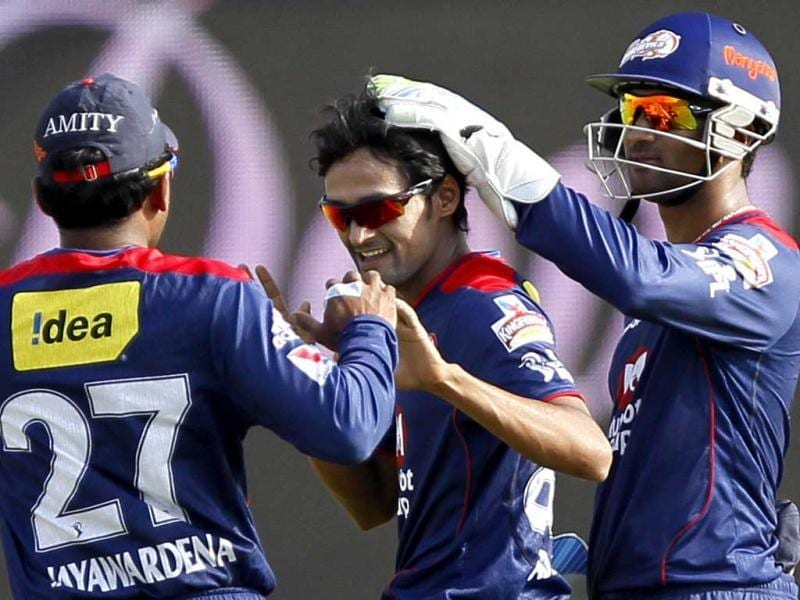 Delhi Daredevils (DD) bowler Nadeem celebrates with teammates the wicket of Pune Warriors India (PWI) batsman Manish Pandey during the T20 Cricket match between Pune Warriors India (PWI) and Delhi Daredevils (DD) at Subrata Roy Sahara Stadium in Pune. (Santosh Harhare/HT)