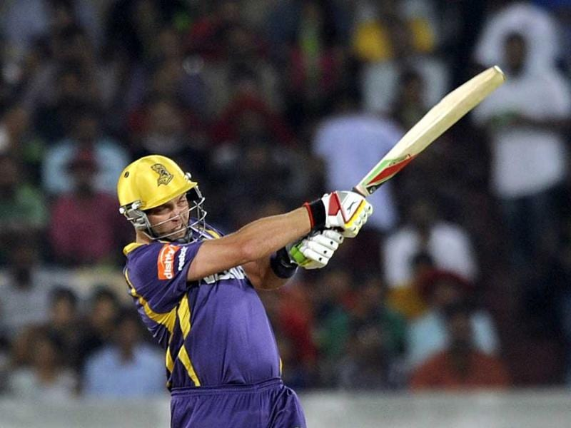Kolkata Knight Riders player Jacques Kallis in action during a T20 cricket match between Sunrisers Hyderabad and Kolkata Knight Riders at Rajiv Gandhi Cricket Stadium, in Hyderabad. (Satish Bate/HT)