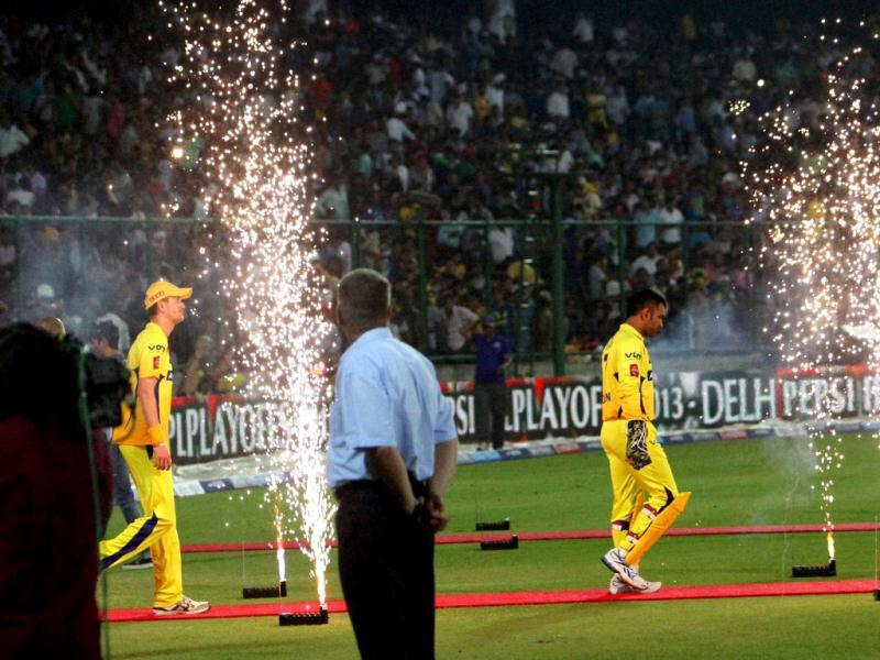Chennai Super Kings players during T20 playoff match in Kotla Feroz Shah stadium in New Delhi . PTI Photo by Shahbaz Khan