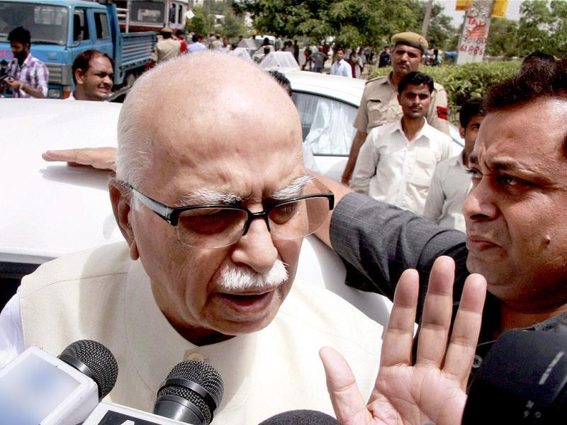Senior BJP leader Lal Krishan Advani talking to the media out-side the Medanta hospital where former union minister VC Shukla was admitted after a convoy of Congress leaders was ambushed by armed Maoists in Chhattisgarh. PTI Photo