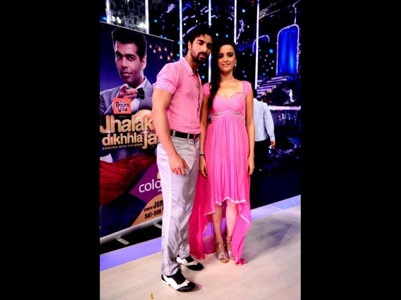 Ekta Kaul with choreographer Tushar on the sets of Jhalak Dikhhla Jaa.