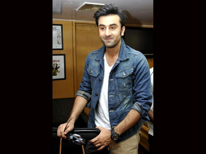 Ranbir Kapoor instantly got chatty as he visited Hindustan Times office, New Delhi. The actor looked his best and oh so charming! (Photo credit: Sonu Mehta)