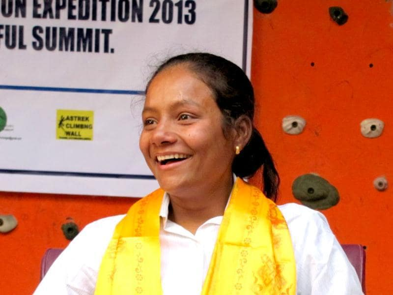 First female amputee atop Everest Arunima Sinha at a press conference in Kathmandu. Utpal Parashar/HT