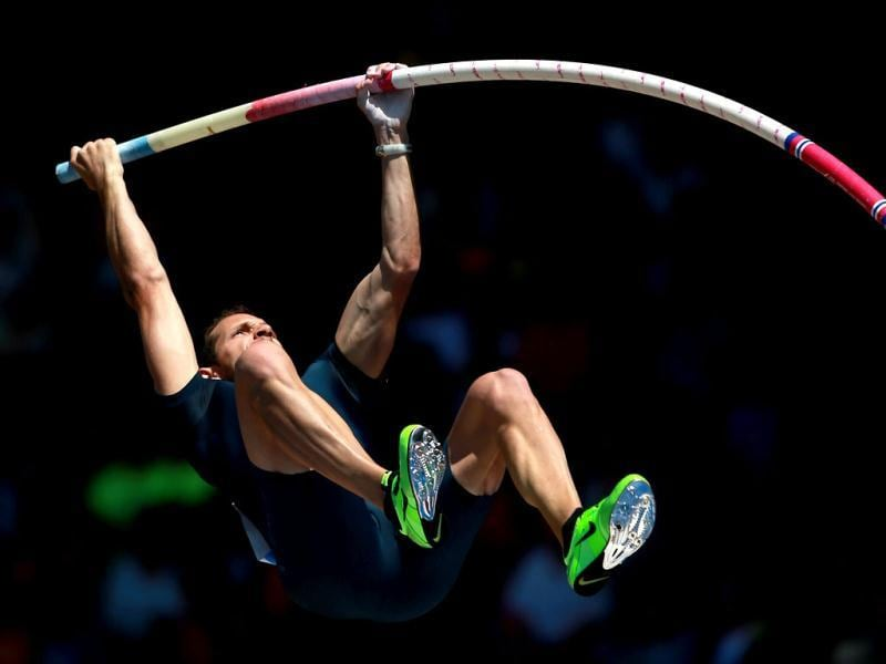 Renaud Lavillenie of France competes in the pole vault during day 2 of the IAAF Diamond League Prefontaine Classic at the Hayward Field in Eugene, Oregon. (AFP)