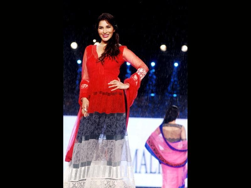 Lady in red: Sophie Choudry (AFP Photo)