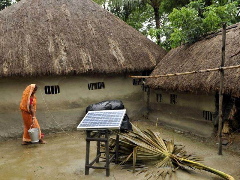 With no electricity supply in the villages, the villagers of Pakhiralay enjoy the electric devices with solar power. Subhendu Ghosh/HT