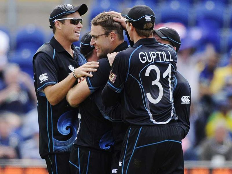 Daniel Vettori celebrates after the dismissal of Sri Lanka's Mahela Jayawardene (not pictured) during the ICC Champions Trophy group A cricket match at the Cardiff Wales Stadium in Cardiff. Reuters