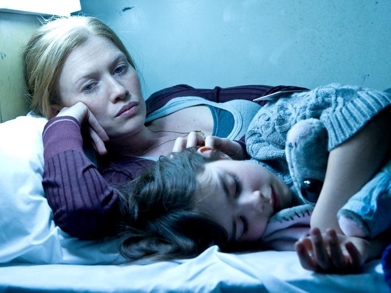 Mireille Enos stars as Gerry Lane's (played by Brad Pitt) wife Karin in World War Z.