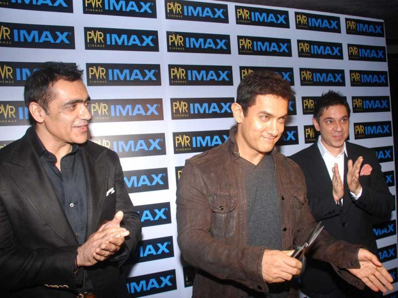 B-Town wants to taste a bit of Superman and that's probably the reason they headed to the premiere of Man of Steel in Mumbai. Actor Aamir Khan (centre) was seen at the premiere of Man of Steel and can be seen inaugurating the IMAX screen at PVR Phoenix.