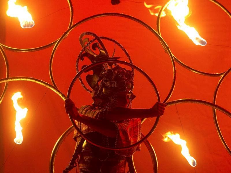An artist performs during the annual fire fest in Kiev, Ukraine. The festival includes performances by international artists, fire dancers, jugglers and circus performers. Reuters photo