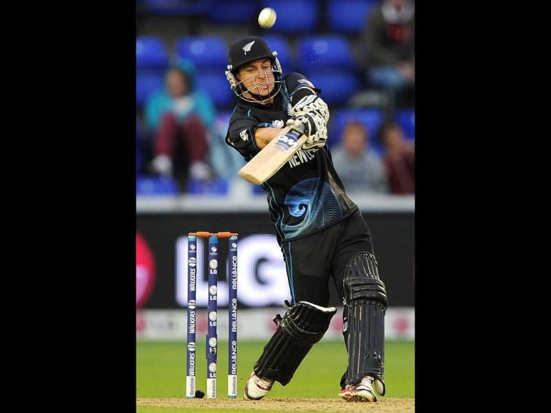 Nathan McCullum bats during the 2013 ICC Champions Trophy cricket match between England and New Zealand at the Cardiff Wales Stadium in Cardiff, south Wales. AFP Photo