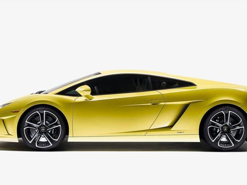 Lamborghini will show a concept which will be the future Gallardo replacement.