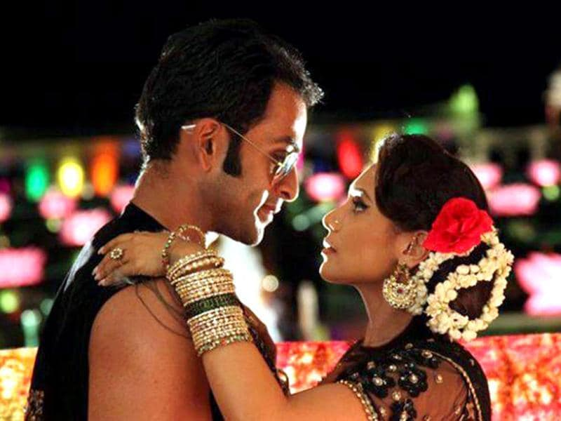 Popular Malayali actor Prithviraj was seen opposite Bollywood queen Rani Mukherjee in Aiyyaa
