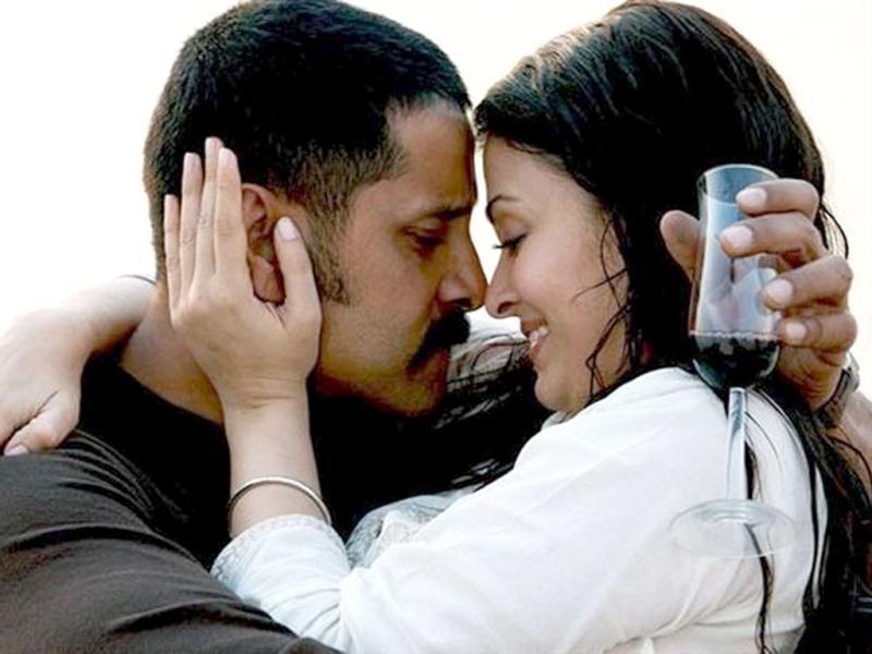 Vikram essayed the role of Aishwarya Rai Bachchan's husband in Raavan while hubby Abhishek played his nemesis