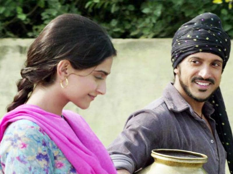 Sonam Kapoor and Farhan Akhtar display cute chemistry in the teasers.