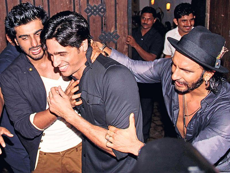 Right in the middle of the party, this trio (Arjun Kapoor, Siddharth Malhotra and Ranveer Singh) stormed out to have a wild celebration. Wonder if it was something to do with their year of birth, which in the case of all three is 1985. Browse through the fun. (Photo: Yogen Shah)