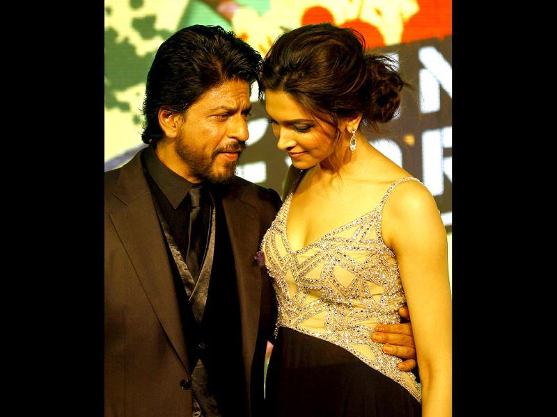 Is SRK sharing secrets with you, Deepika?