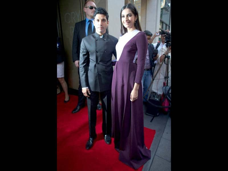 The Bhaag Milkha Bhaag duo make quite the appearance at the London premiere