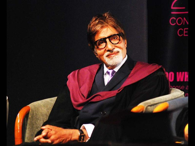 Amitabh Bachcan watches the convocation programme intently