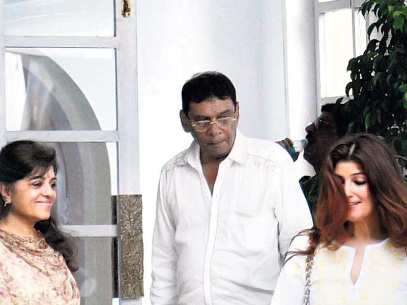 A portrait of the star was placed outside the bungalow where fans paid their respects. Twinkle Khanna at the prayer meet. (Photo: Yogen Shah)