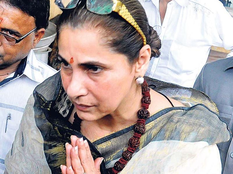 Dimple Kapadia held a prayer meet on the first death anniversary of Rajesh Khanna. (Photo: Yogen Shah)