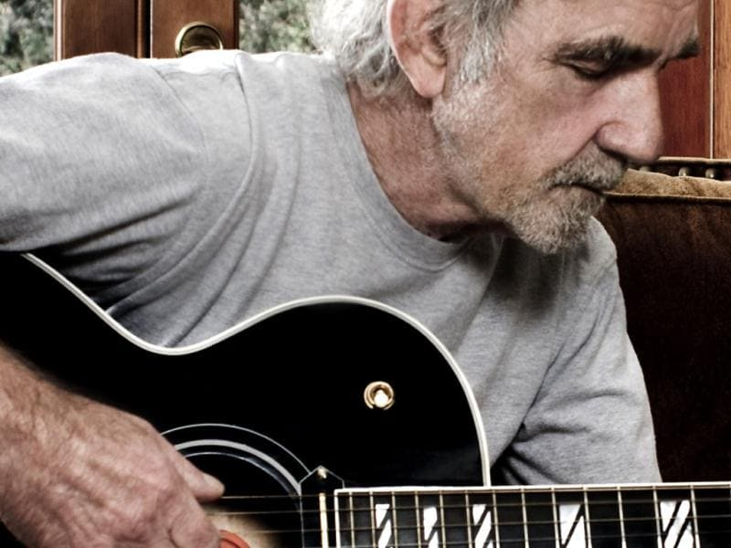 Singer and songwriter JJ Cale died of heart attack at the age of 74. (Photo credit: www.whereseric.com)