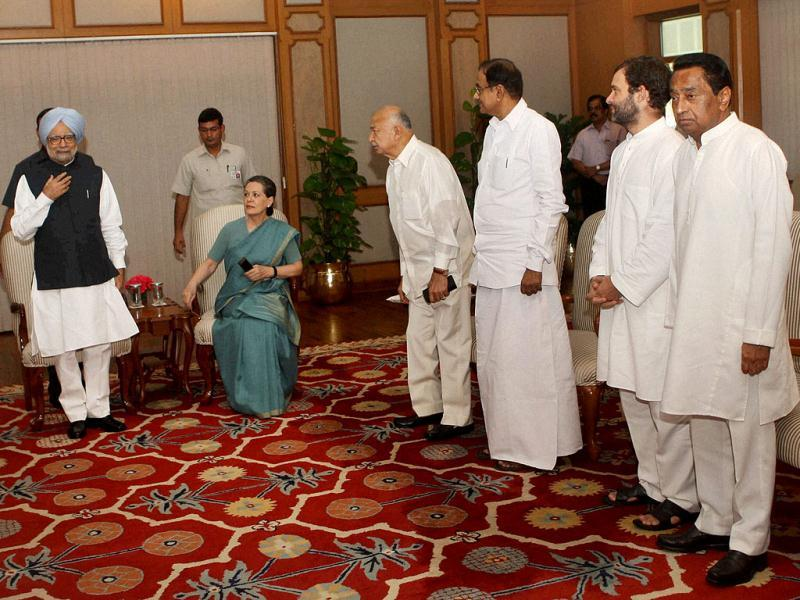 PM Manmohan Singh, UPA chief Sonia Gandhi and other leaders during the UPA meeting on Telangana at PM's residence. (PTI Photo)