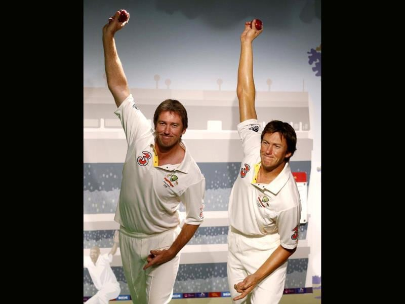 Former Australian cricket player fast bowler Glenn McGrath (L) poses for a picture next to his wax figure during a publicity event at Madame Tussauds wax museum in central Sydney. (Reuters Photo)