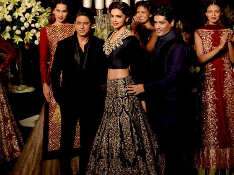The Chennai Express team walked the ramp for Manish Malhotra's finale at Delhi Couture Week.