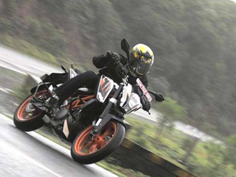KTM 390 Duke India review, test ride
