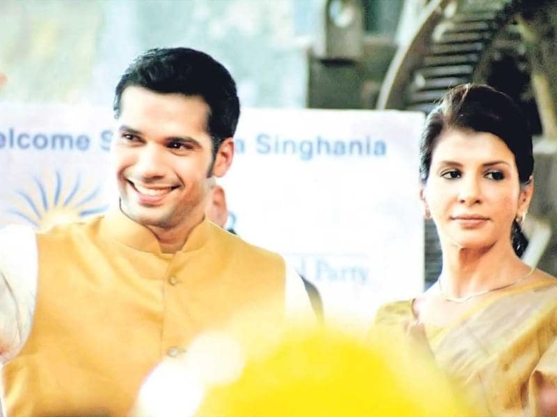 Neil Bhoopalam and Anita Raaj in a still from TV series 24.