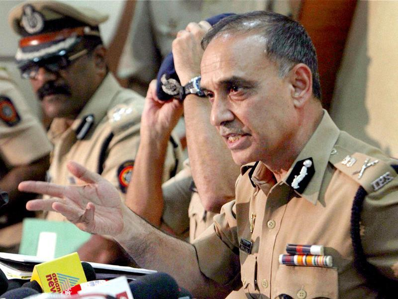 Mumbai Police commissioner Satyapal Singh addresses a press conference in Mumbai. (PTI Photo)