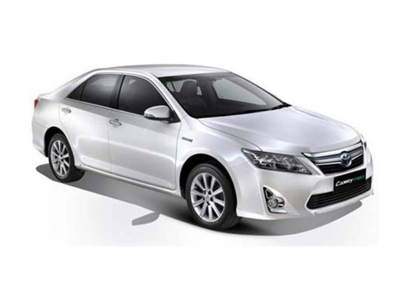 "toyota camry hybrid target market News - toyota - camry camry sales slide right on target, says toyota ""our focus is on camry and camry hybrid, there's definitely still a market for that sort."