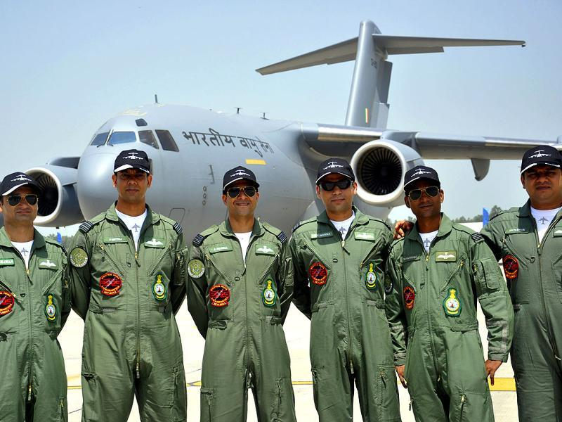 A group photograph of the IAF officers who are leading the team of Globemaster C-17 aircrafts which will be stationed at Hindon air base in Ghaziabad. (Sakib Ali/Hindustan)