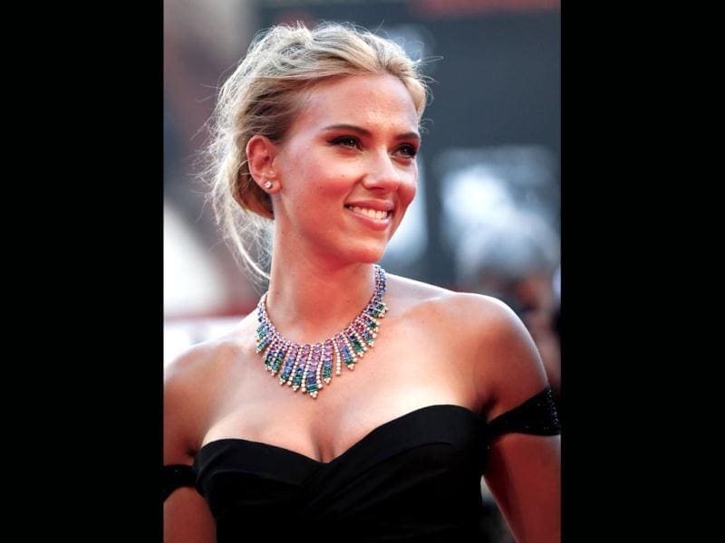 Actress Scarlett Johansson poses during the red carpet of the movie